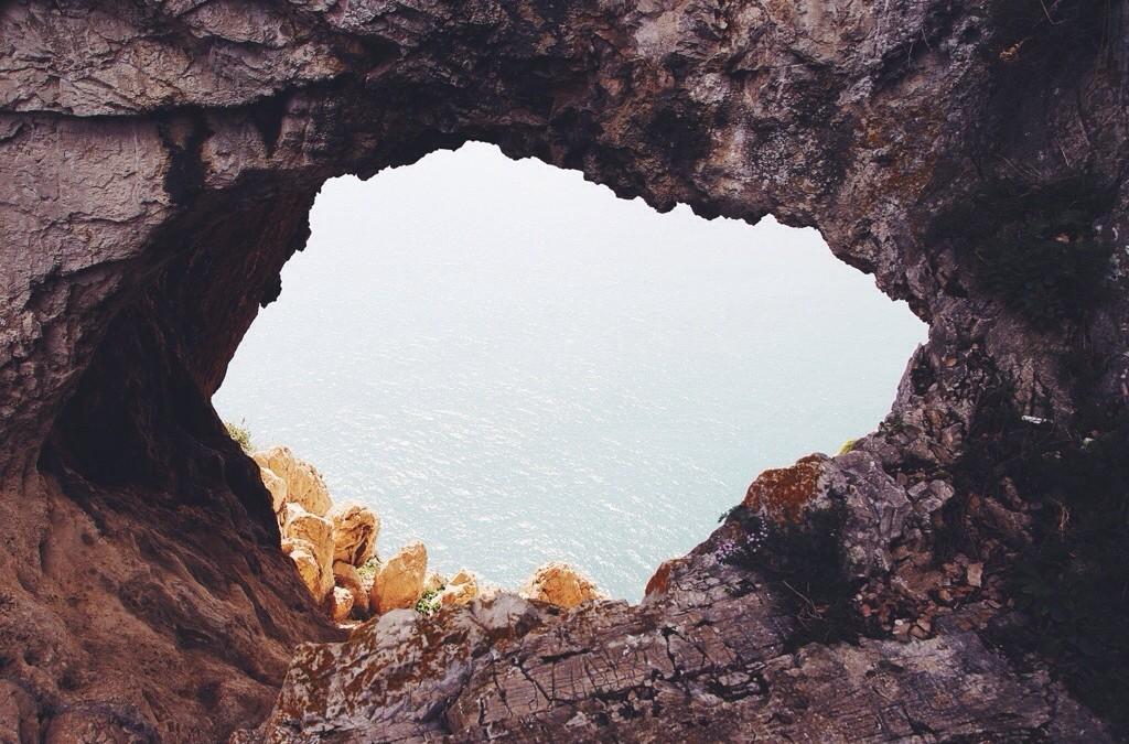 La Grotta dei Briganti a Noli