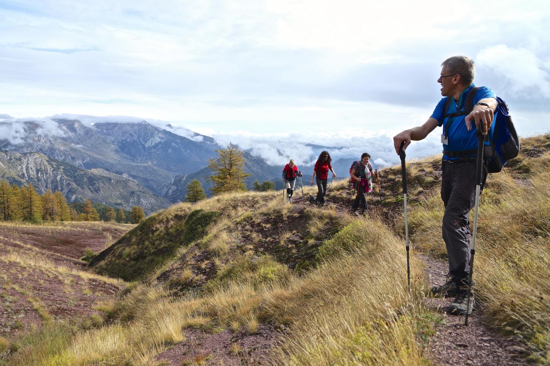 La guida escursionistico ambientale Marco Rosso col gruppo di noi trekkers in Liguria e Piemonte