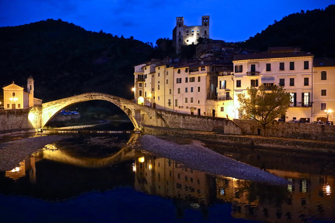 dolceacqua_tomba_doria_torrente_castello_005
